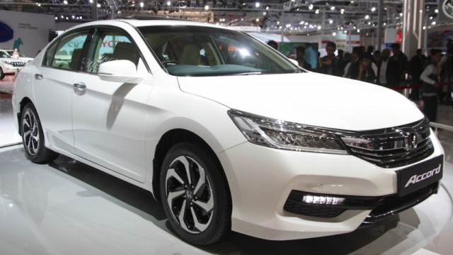 New Honda Accord Hybrid Revealed At The Auto Expo 2016