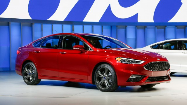 Video: Watch 2020 Ford Fusion V6 Skip Over Potholes Thanks To Its New ...