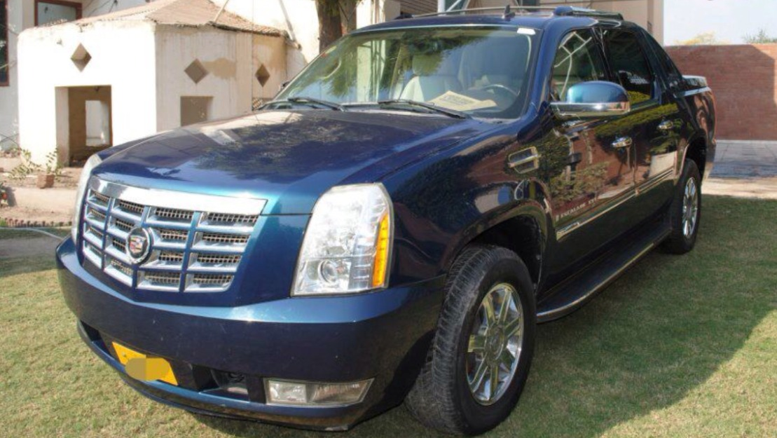 Cadillac-Escalade-EXT-2007