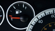 Fuel-Gauge-Arrow-iStock