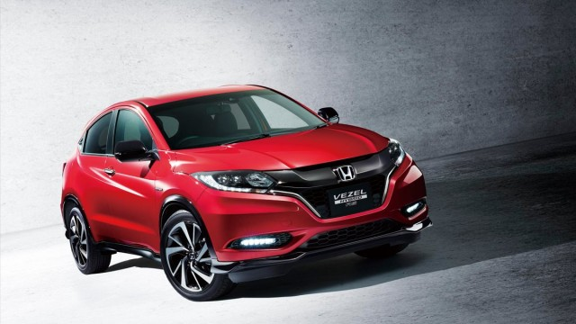 Honda-Vezel-Hybrid-RS-1