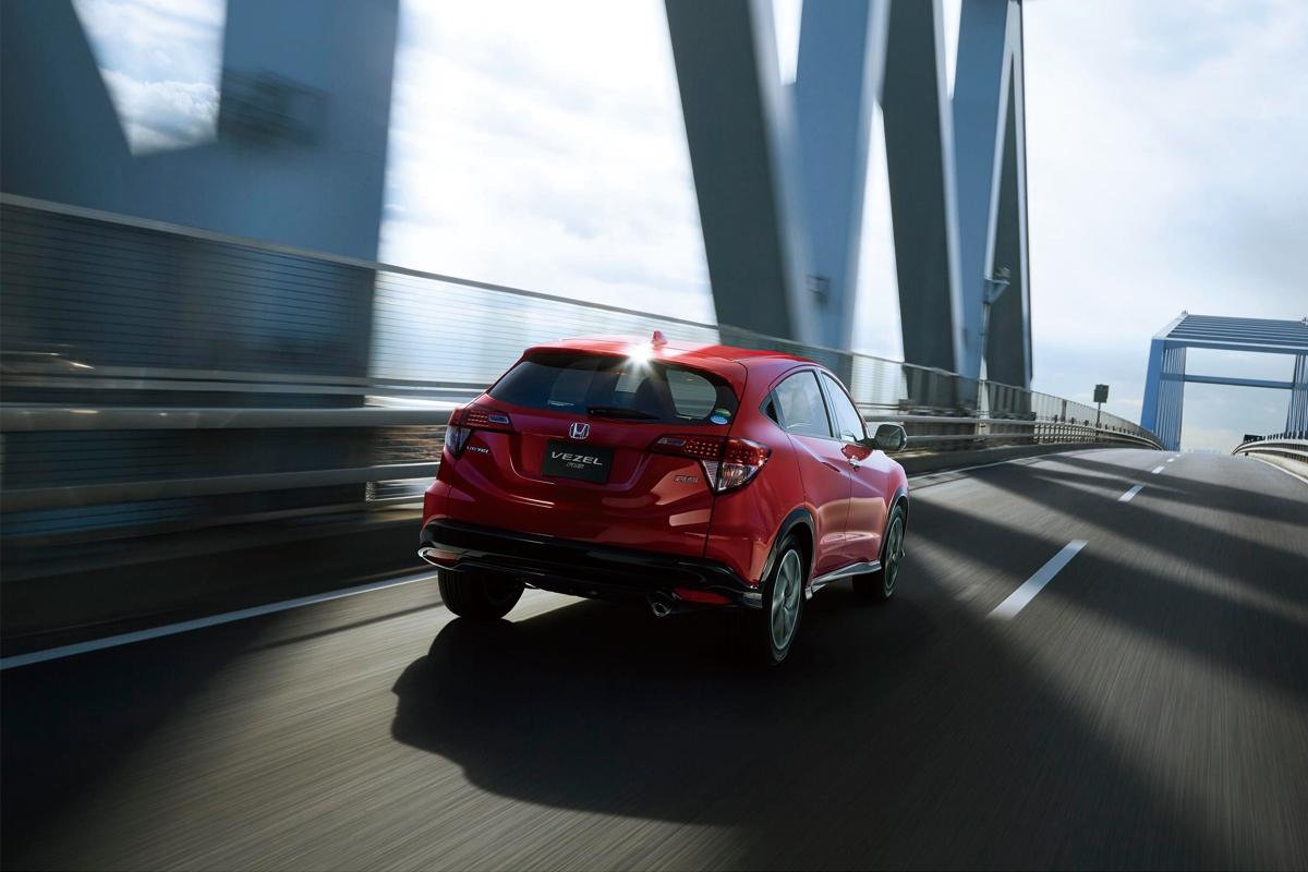 Honda-Vezel-Hybrid-RS-2