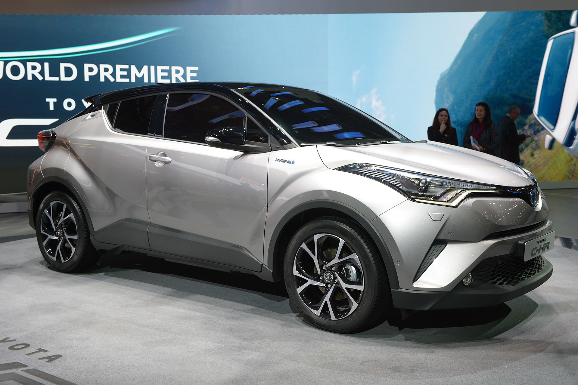 Toyota's Vezel Fighter 'C-HR' Will Be Available With A 1.2L Turbocharged Engine - PakWheels Blog
