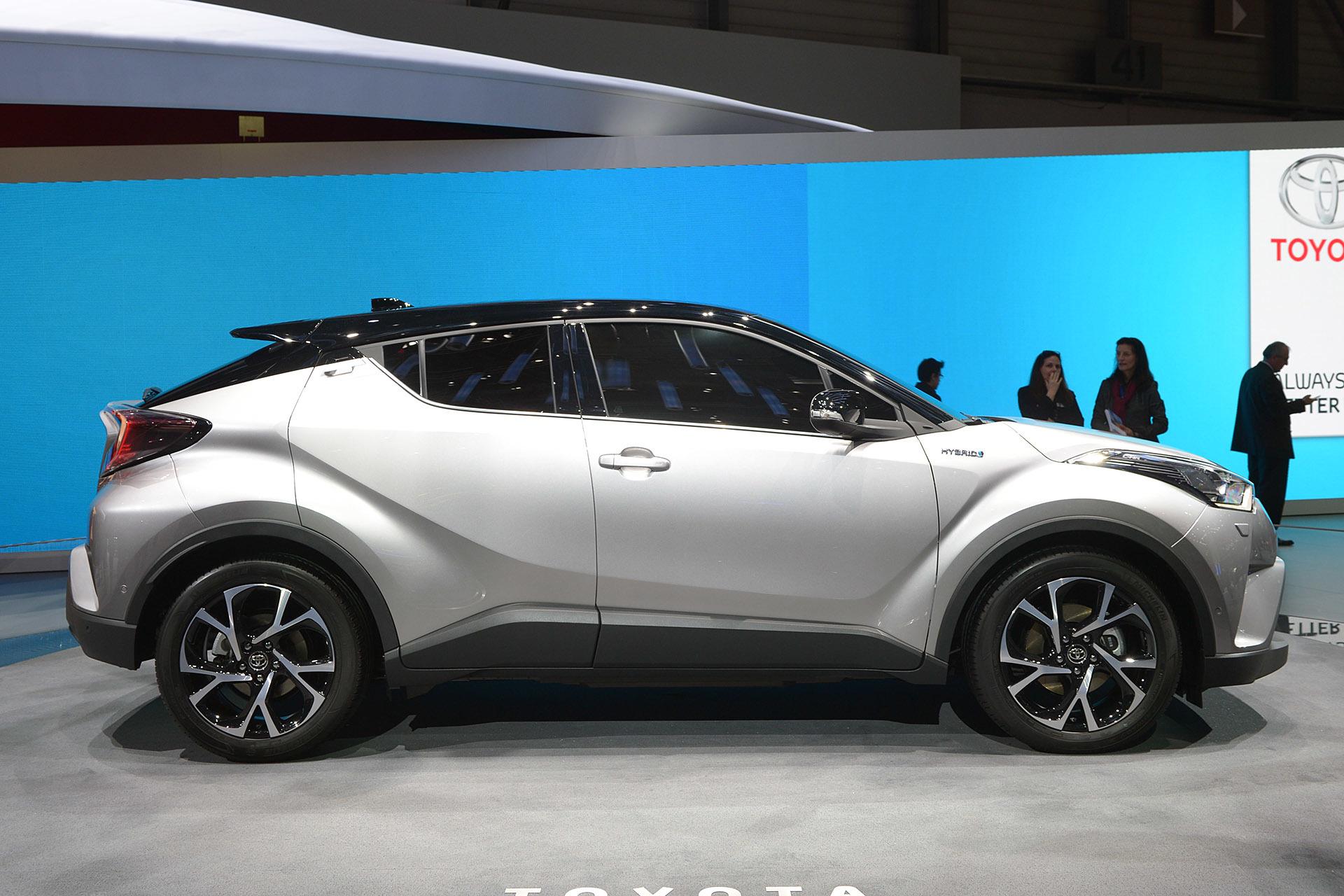 Hybrid Cars 1200cc Toyota