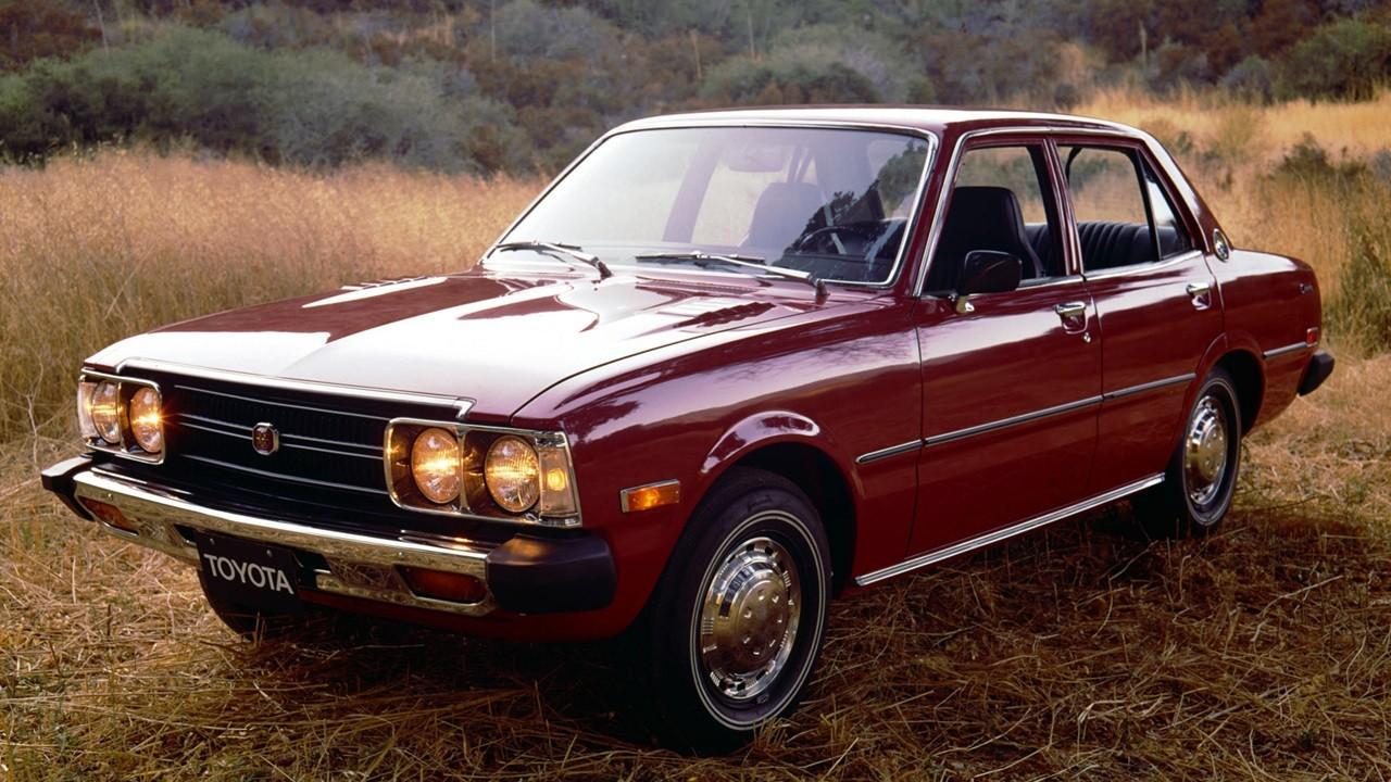 Toyota Corona RT100
