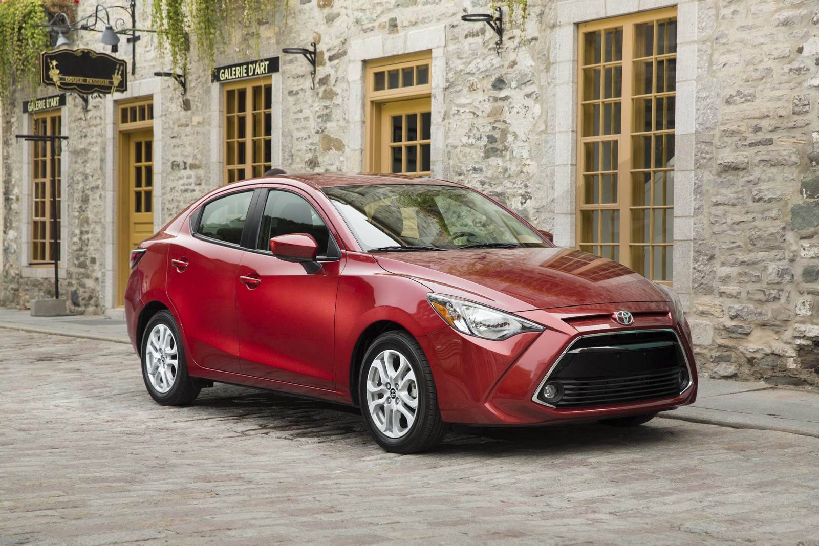 2016-toyota-yaris-sedan-replaces-the-scion-ia-is-still-a-mazda2_34