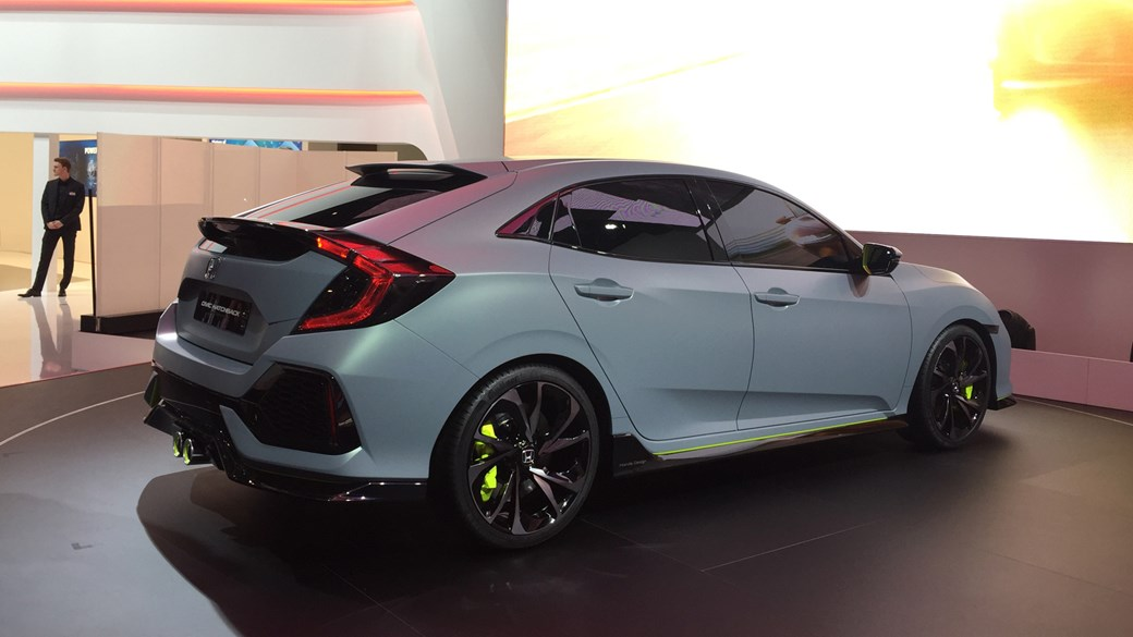 2017 honda civic hatchback finally revealed at 2016 geneva for 2017 honda civic hatchback manual