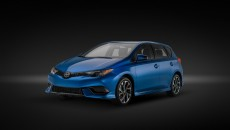 2017-toyota-yaris-ia-and-corolla-im-coming-to-new-york_4