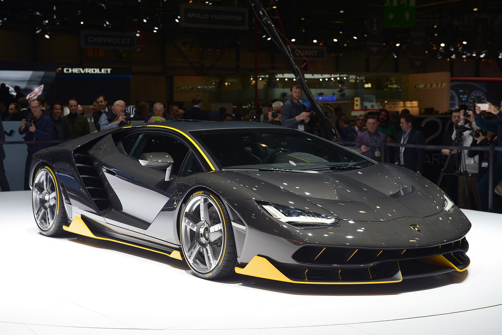 Ten Super Cars Revealed At The 2016 Geneva Motor Show That You Must