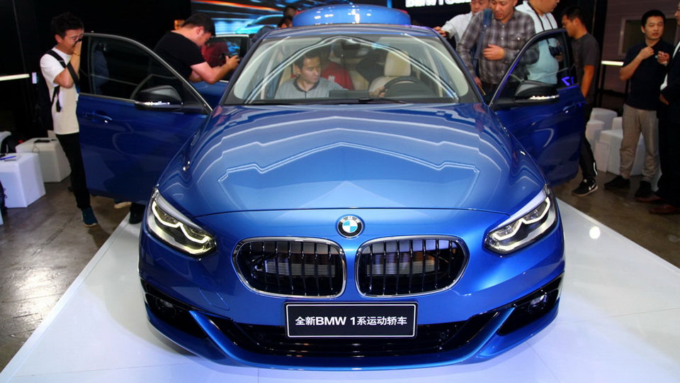 BMW-1-Series-sedan-front