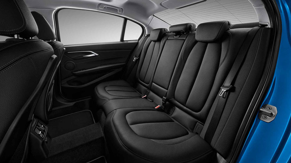 BMW-1-Series-sedan-interior-back