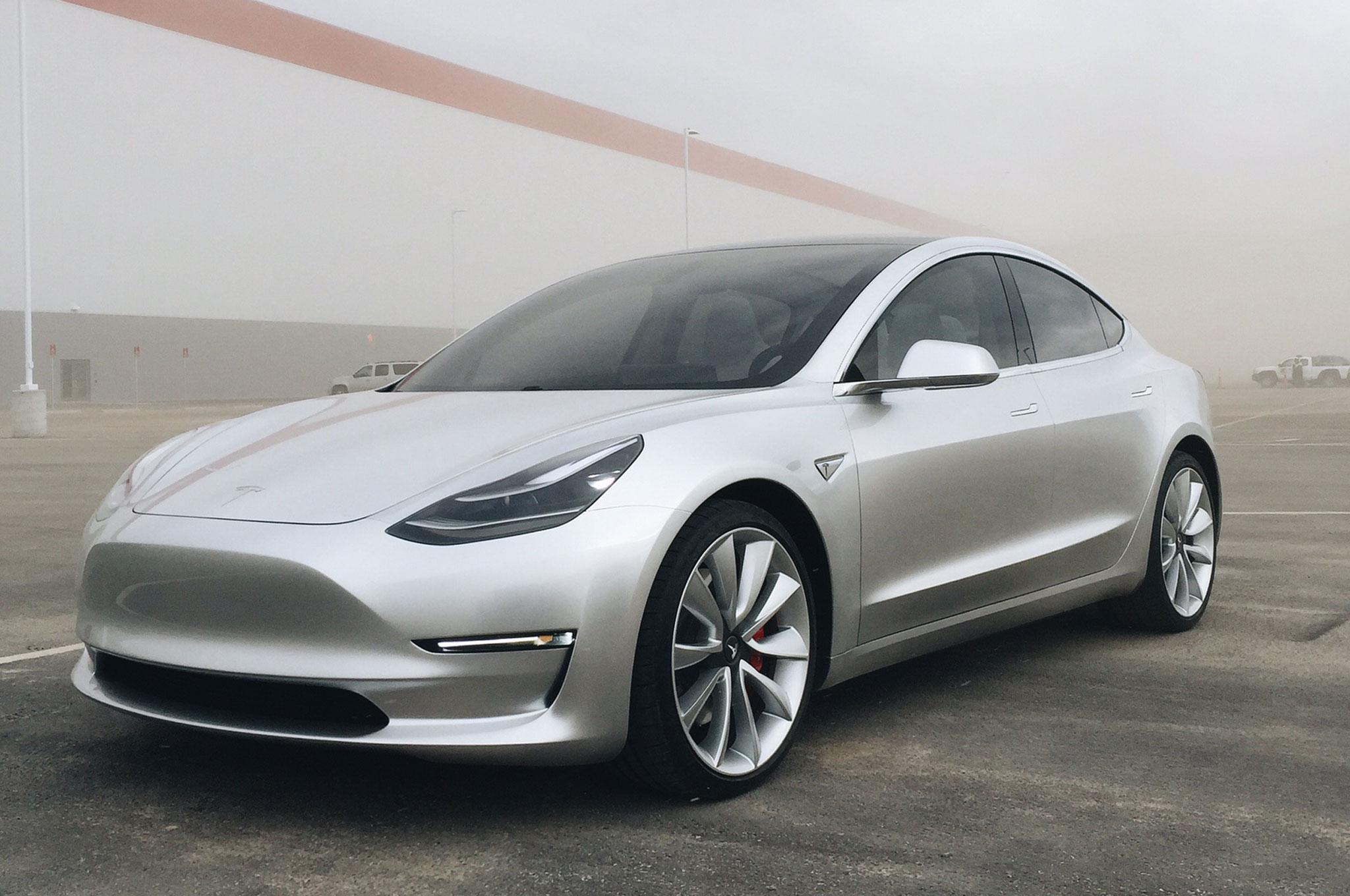 future of electric cars in pakistan tesla model 3. Black Bedroom Furniture Sets. Home Design Ideas