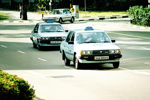 corona-taxi-1993-yellow-cab