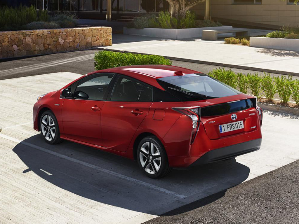 Toyota Prius 2016 Is The Most Fuel Efficient Hybrid Car
