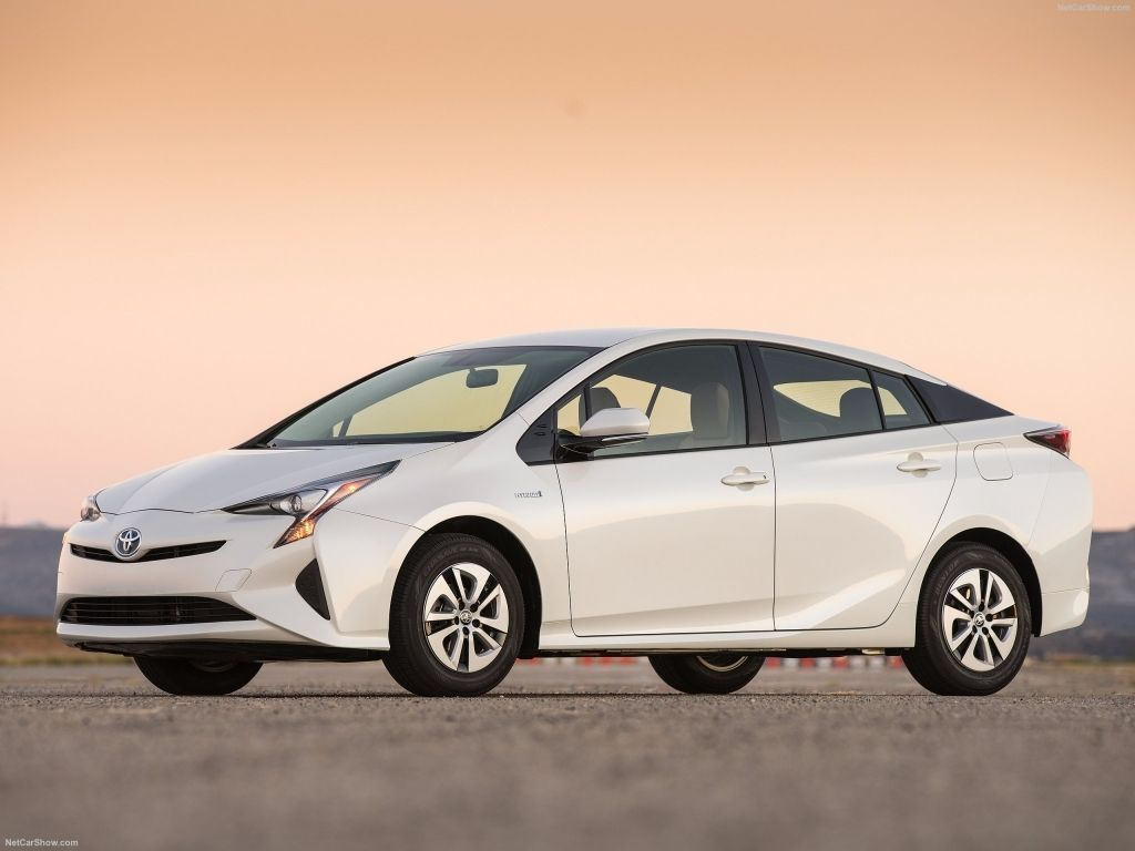 toyota prius 2016 is the most fuel efficient hybrid car according