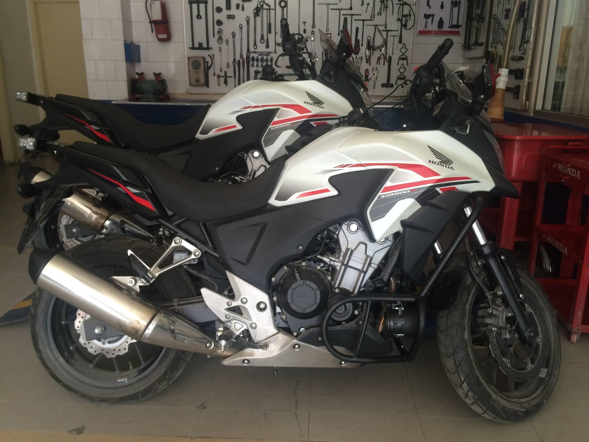 dolphin squad honda cb500x motorcycle (1)