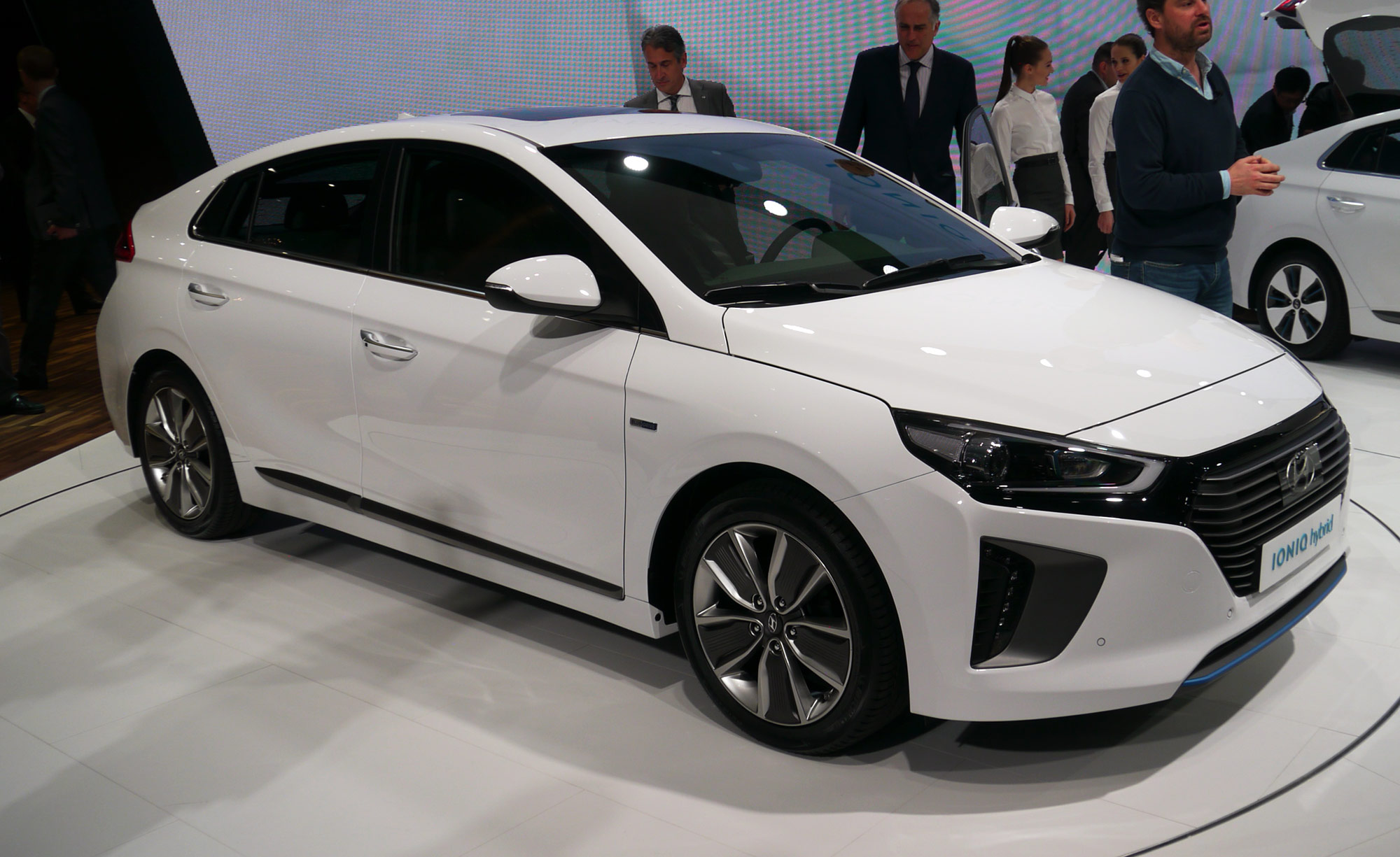 Hyundai Ioniq Hybrid Showcased At Auto China 2016