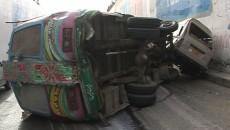 karachi traffic accident