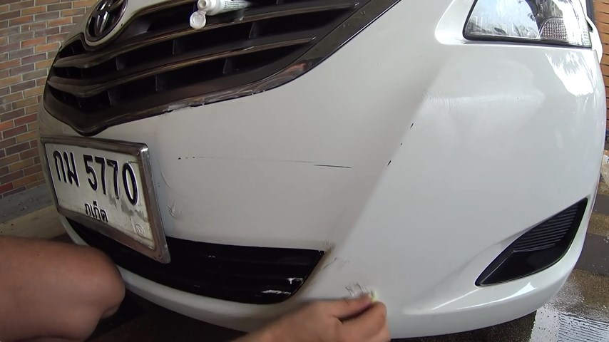 DIY - How To Remove Scratches From Your Car's Paint With Household