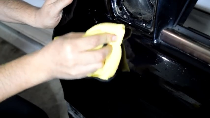 How To Remove Scratches From Your Car's Paint With