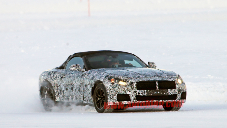 Toyota-supra-and-bmw-z4-replacement-spy-shots-2