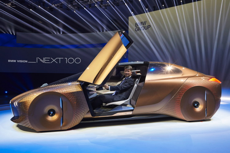 BMW-VISION-NEXT-100-(1)