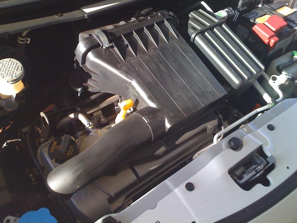 Suzuki K10B in a 2010 Suzuki Alto