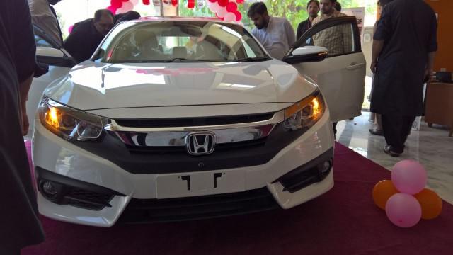 2016 Honda Civic Pakistan Defects (14)