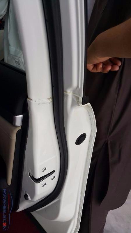 2016 Honda Civic Pakistan Defects (16)