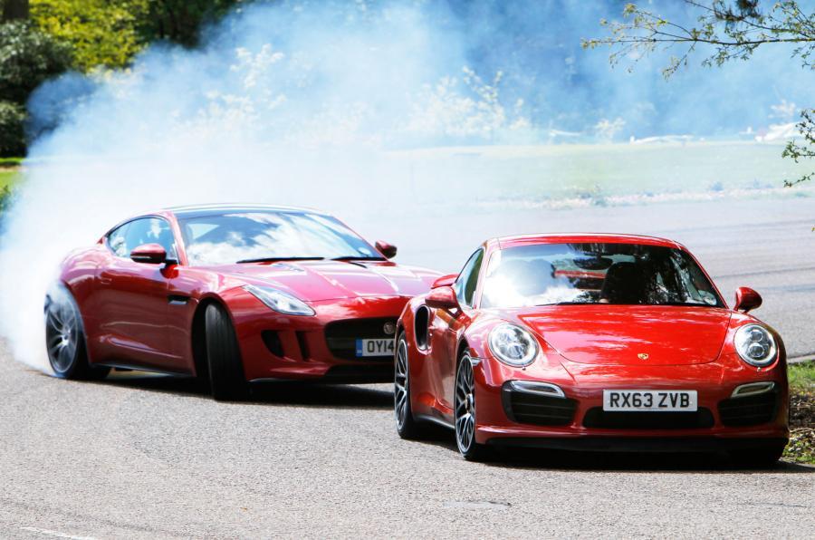 Porsche 911 Turbo S vs Jaguar F-Type