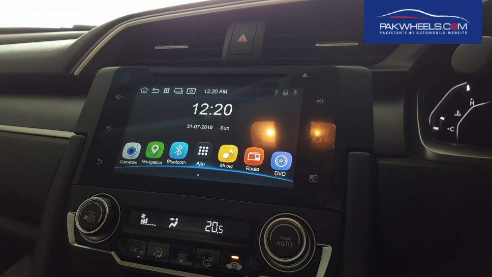 "Honda Atlas Civic 2016's Front in-dash 7"" Android based Infotainment system"