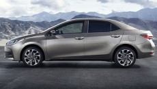2017-Toyota-Corolla-facelift-4