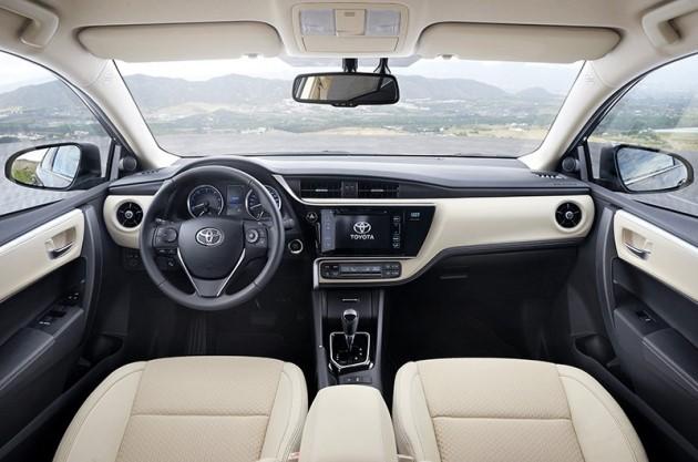 2017-Toyota-Corolla-facelift-7