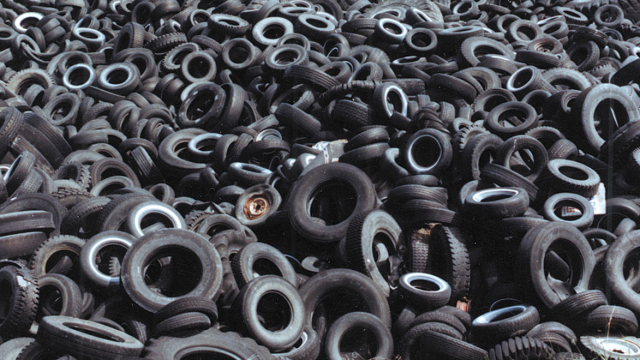 6523.Tire-pile-why-tires-are-black-Chilton-640x360