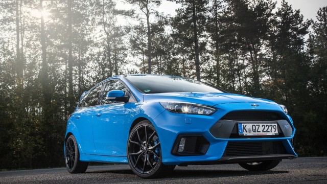 Ford-Focus_RS-2016-1600-03