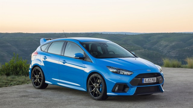 Ford-Focus_RS-2016-1600-07