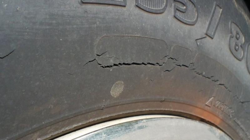 dry rot tyre