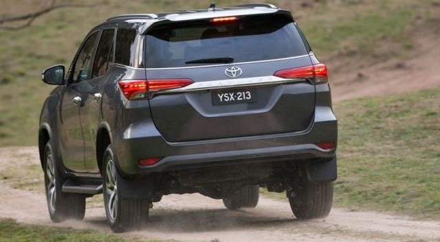 toyota-fortuner-facelift