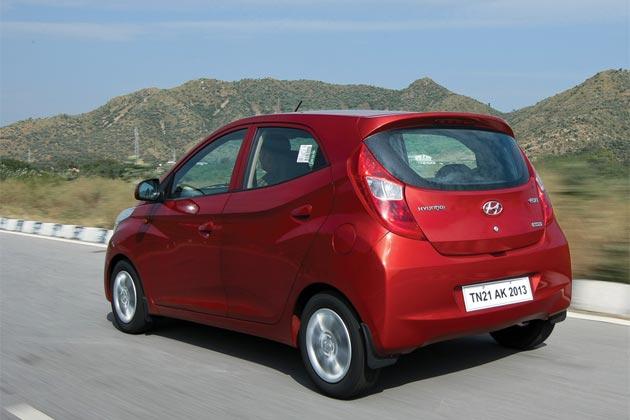 1.aHyundai-Eon-car-red