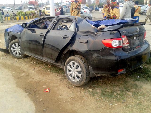 Toyota Corolla accident