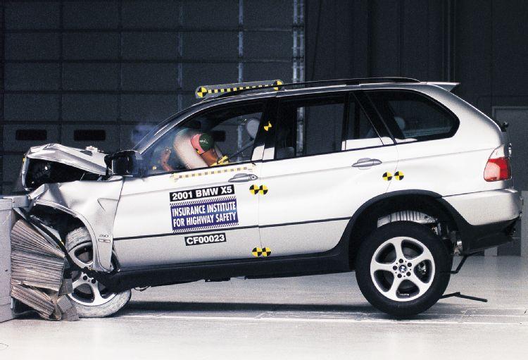 Bmw-crash-test
