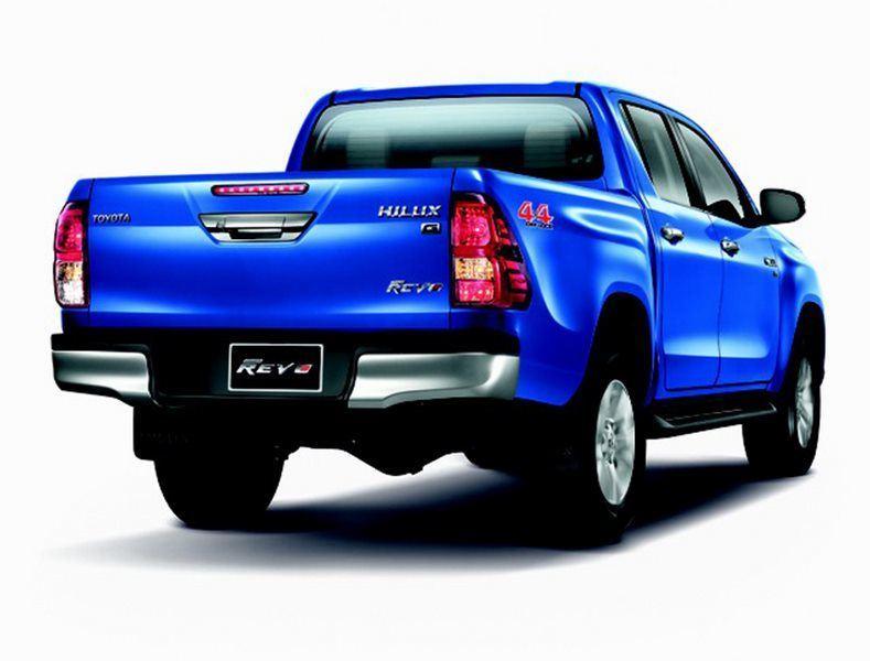 Toyota Revo Back