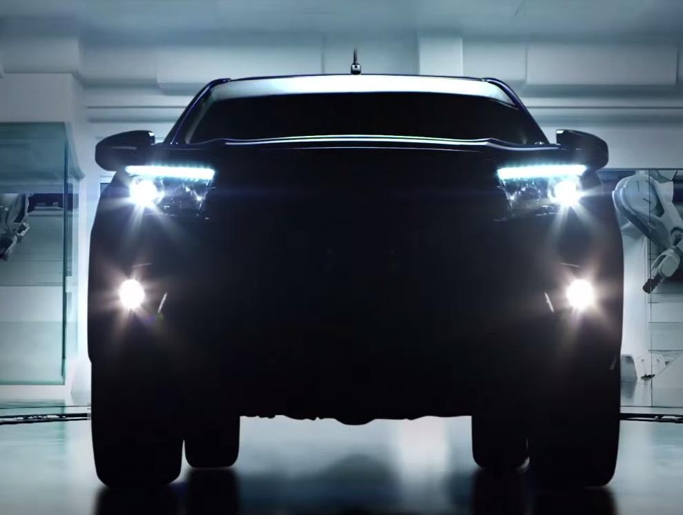 Toyota-revo-coming-soon1