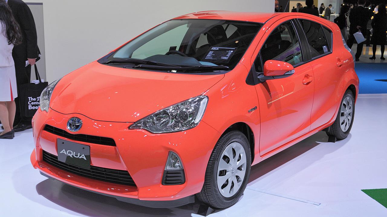 Toyota_aqua_featured
