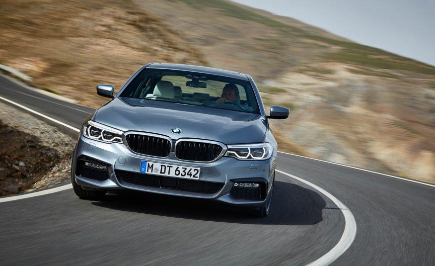 2017-BMW-5-Series-101-876x535