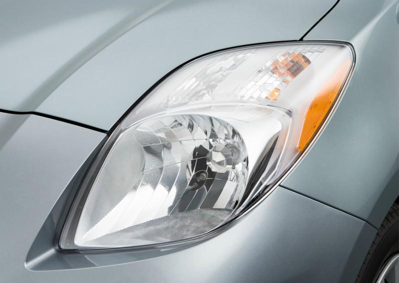Toyota Vitz Light
