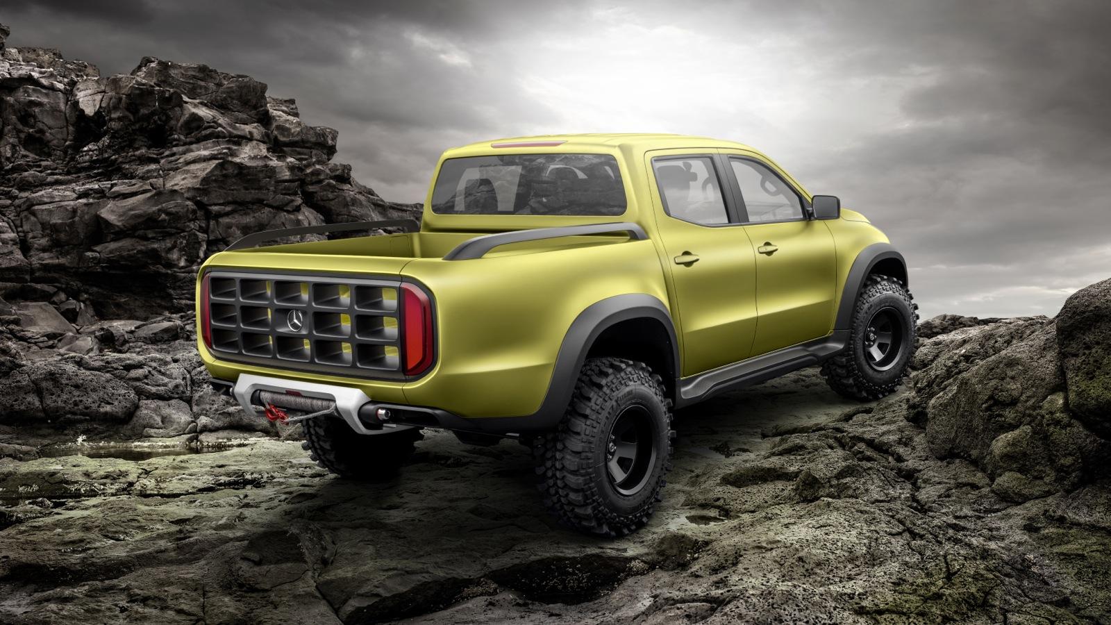 Mercedes-Benz-Concept-X-Class-Powerful-Adventurer_5