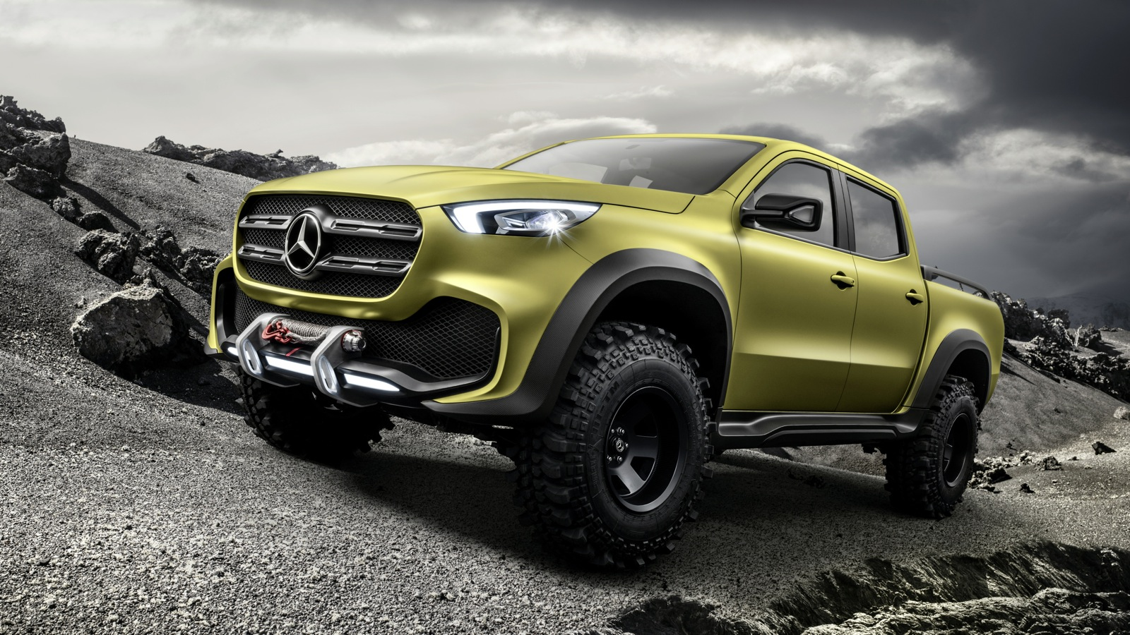 Mercedes-Benz-Concept-X-Class-Powerful-Adventurer_7