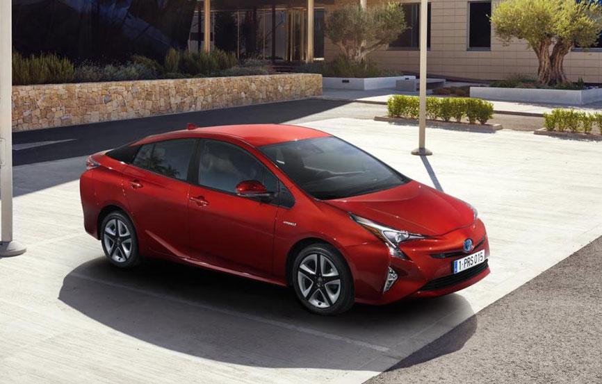 Toyota-Prius-2016