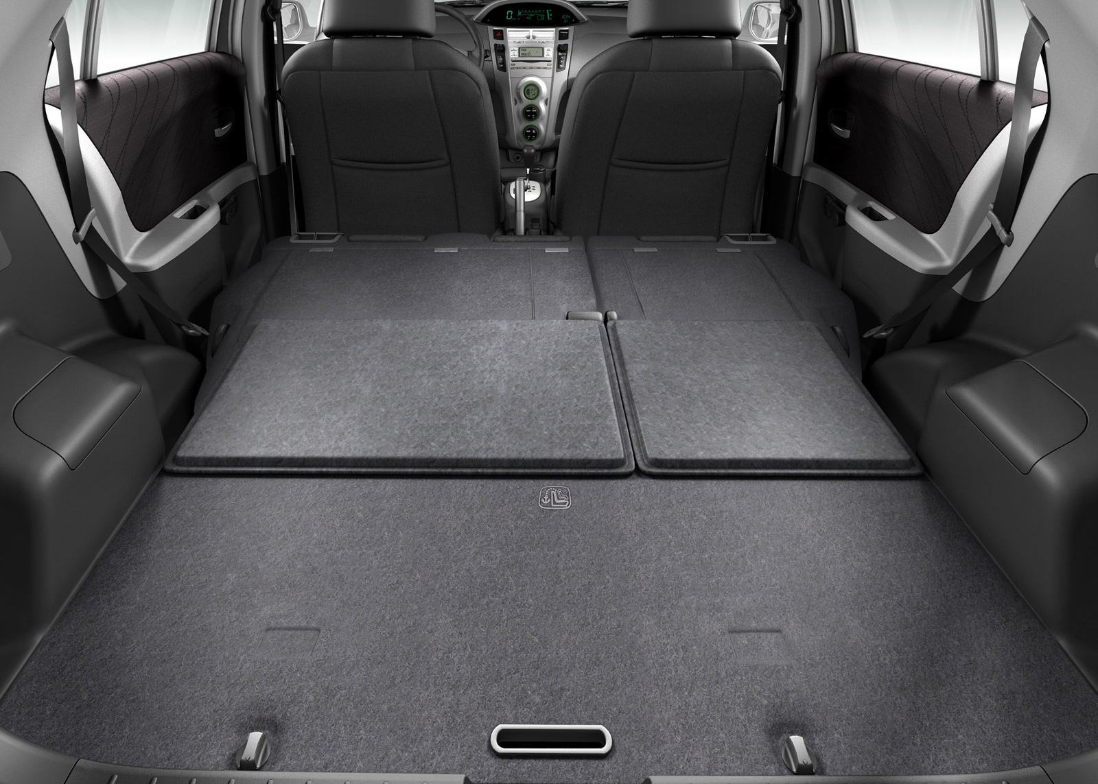 Toyota vitz bootspace